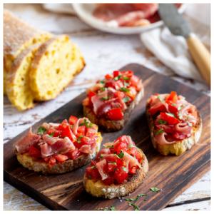 Recette bruschettas au jambon de Bayonne et tomates